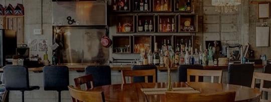 卓球を教えている風景写真